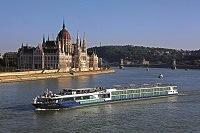 10715 Vista Budapest