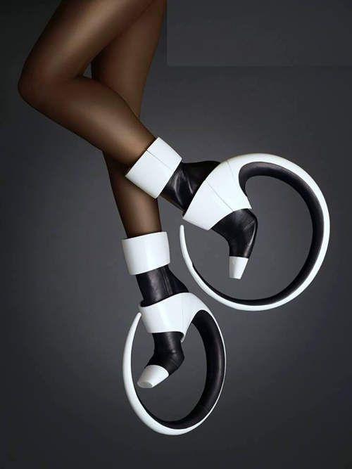 6 hoop boots 06