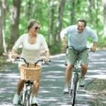 9423-Couple_Racing_Bikes