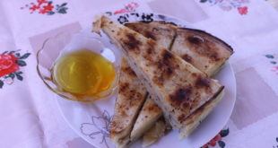 Flija is traditionally served with yoghurt and honey or jam