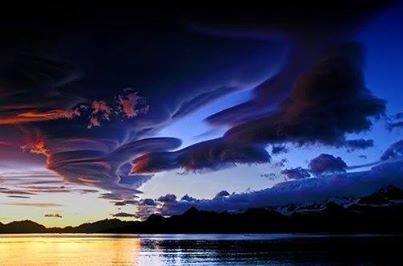Lenticular clouds California 213088117 n