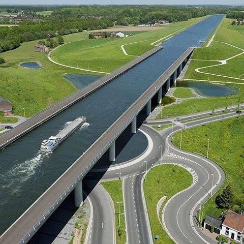Sart Canal Bridge Belgium 021626952 n 1