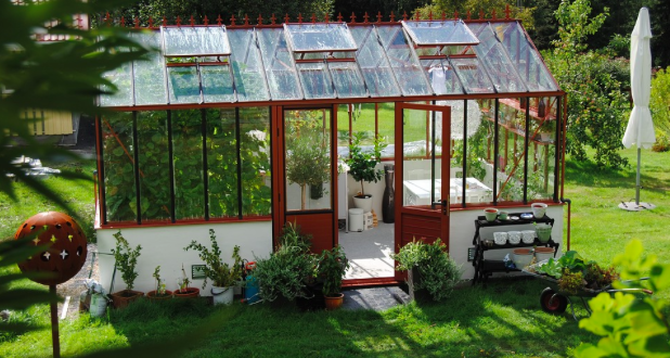 How To Set Up A Greenhouse