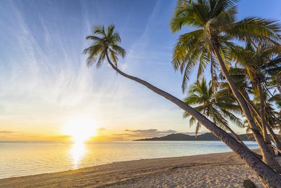 sunset-on-tropical-fiji-island_123rf_19254390_xxl