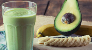 banana-avo-smoothie
