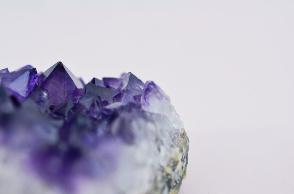 How to harness the power of crystals and gemstones - GrownUps New