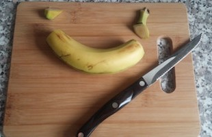 cut-off-banana-ends-750x422
