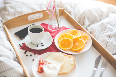 fresh-romantic-morning-breakfast-in-bed-picjumbo-com