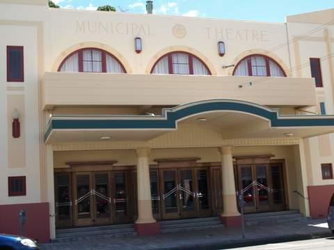 jpgG1-municipal-theatre-1938-199lctX3