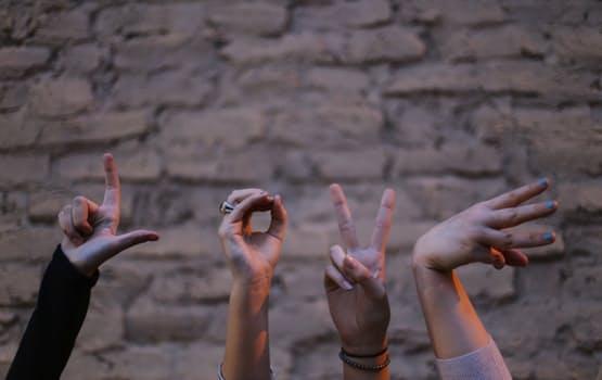 love, hands