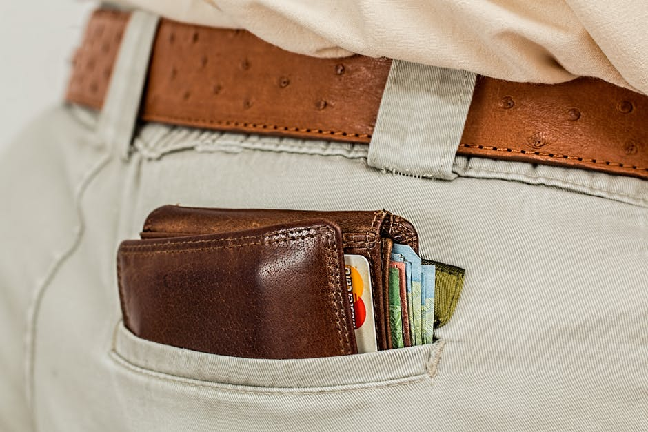 wallet-cash-credit-card-pocket-1